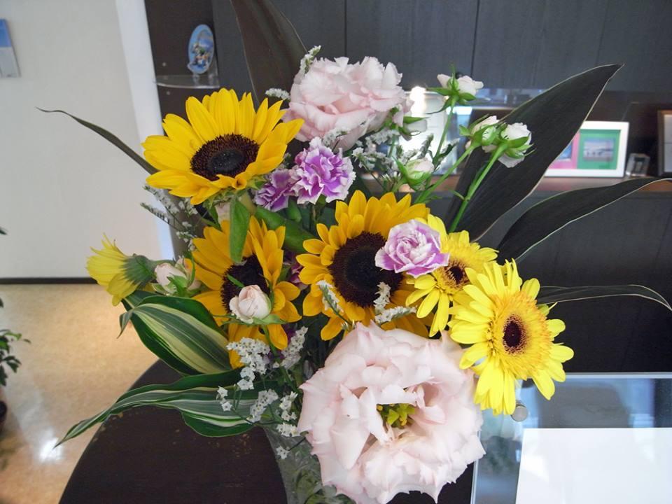 今月のお花。大好きな向日葵。