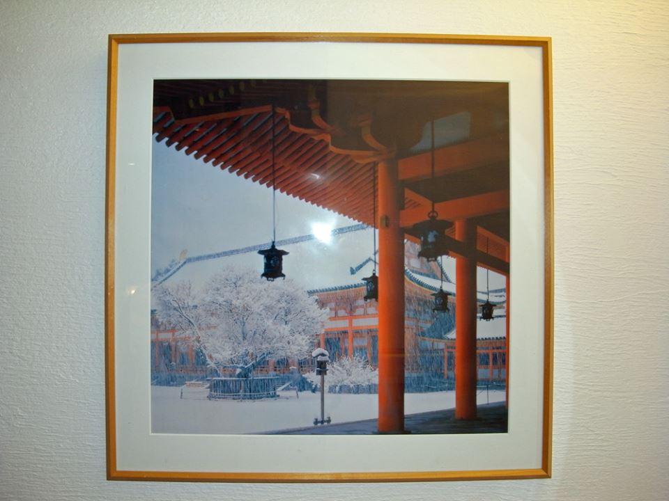 院内ポスターは雪の平安神宮